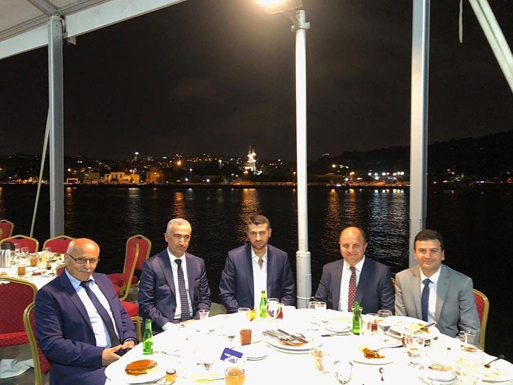 Türkiye İçin Varız Bir Aradayız İftar Programı Reyhan Kültür Vakfı